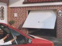 plokstuminiai-garazo-vartai